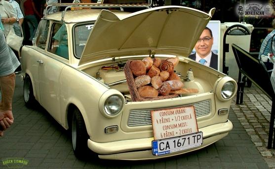 masina mananca paine